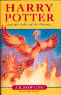 [Pärmen på Harry Potter and the Order of the Phoenix.]